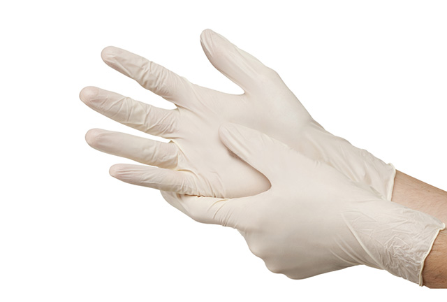 Synthetic vinyl gloves powdered and powder free